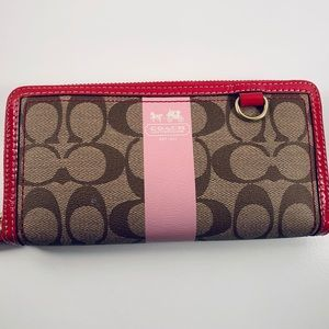Coach New Signature Long Wallet Khaki/Pink